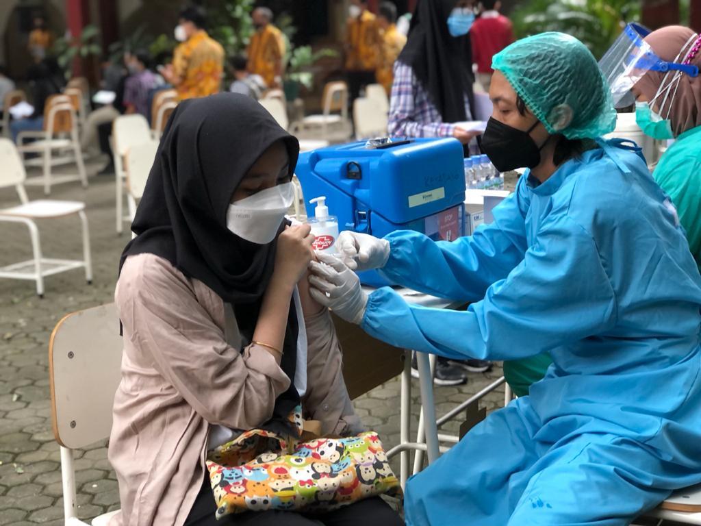 Vaksinasi di SMASA